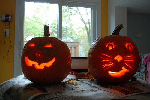 carved_pumpkins2008.jpg